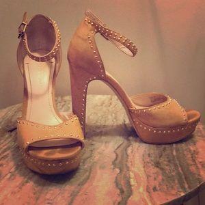Studded BCBG Platform Heels 7/37 Cream